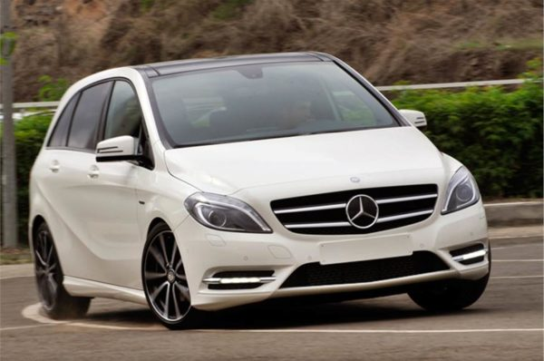 1_578_872_0_70_http___cdni.autocarindia.com_ExtraImages_20120719094603_Autocar-India_Mercedes-Benz-B-class-India (7)