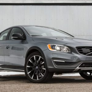 2016-volvo-s60-cross-country-test-review-car-and-driver-photo-663677-s-original